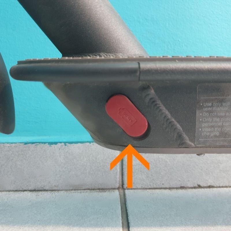Τάπα θύρας φόρτισης για ηλεκτρικό πατίνι Xiaomi m365